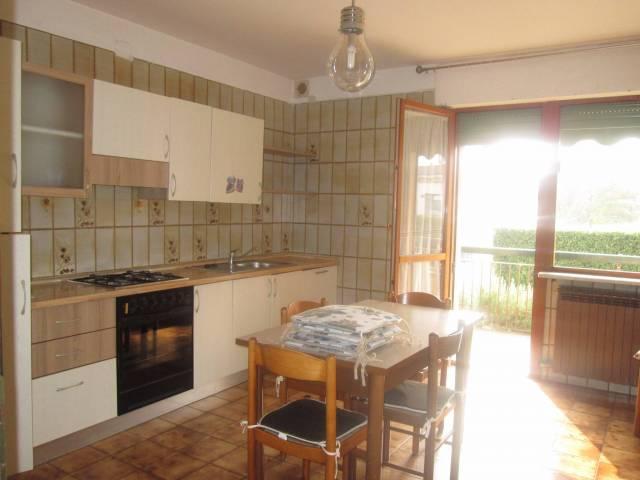 Appartamento in buone condizioni arredato in vendita Rif. 7334180