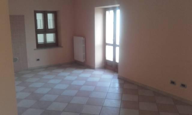 Appartamento in ottime condizioni in affitto Rif. 4489089