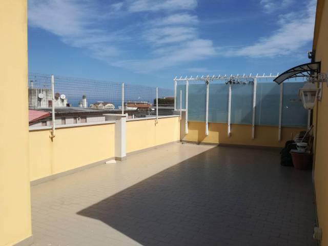 Attico / Mansarda in vendita a Pescara, 4 locali, prezzo € 175.000 | Cambio Casa.it