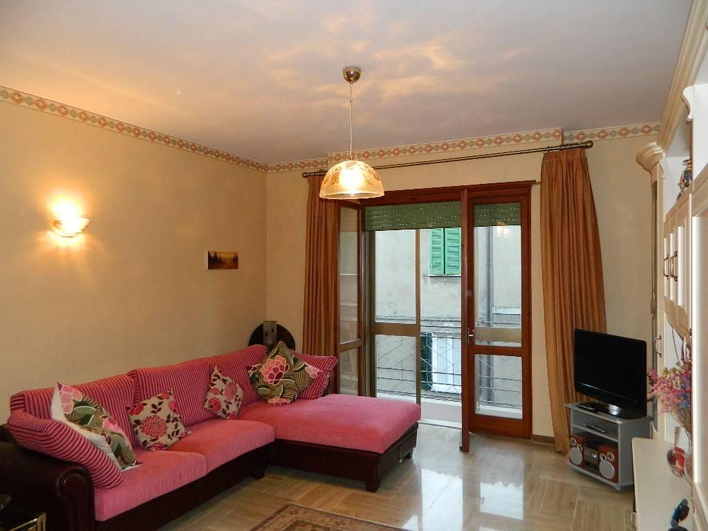 Appartamento in vendita a Orvieto, 5 locali, prezzo € 248.000 | CambioCasa.it