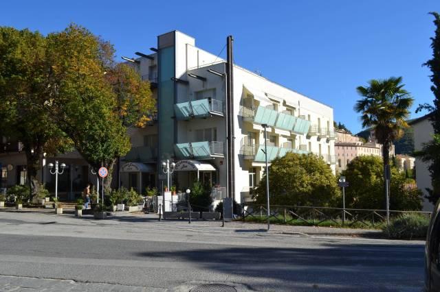 Hotel 3 stelle al centro storico di Nocera Umbra. Rif. 4991605