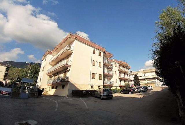 Appartamento in buone condizioni in vendita Rif. 4201883