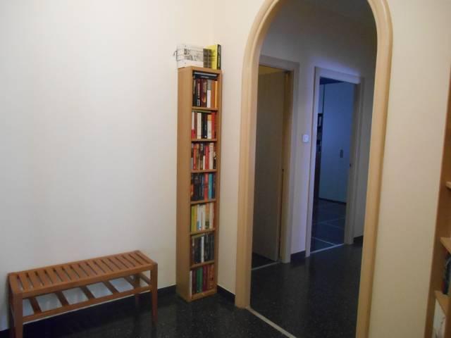 Appartamento in Vendita a Genova Periferia Ovest: 3 locali, 80 mq