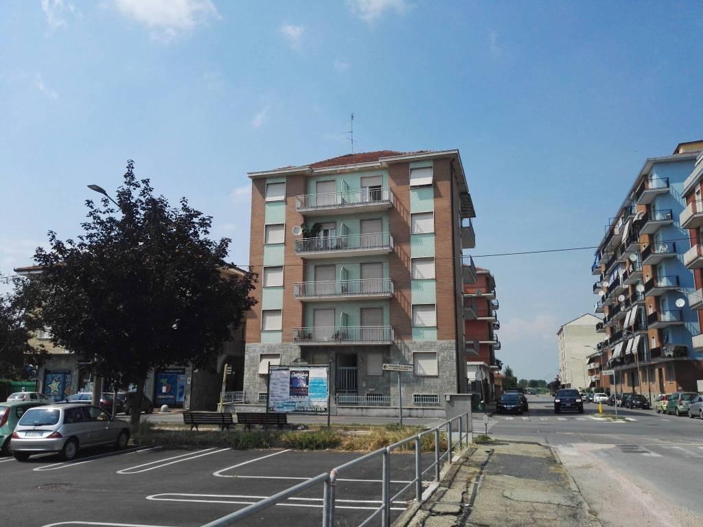 Appartamento in ottime condizioni in affitto Rif. 7300668