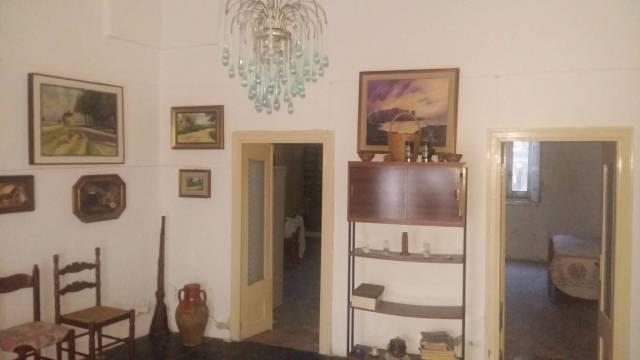 Appartamento da ristrutturare in vendita Rif. 4267049