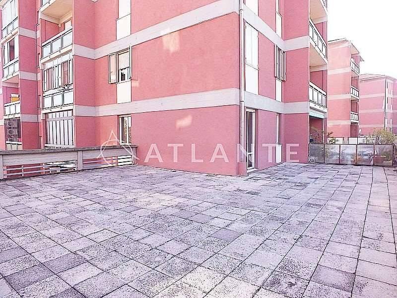 Appartamento da ristrutturare in vendita Rif. 5146385