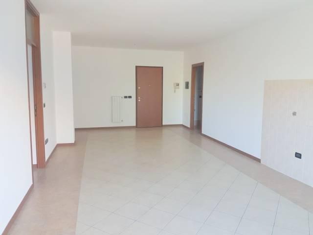 Appartamento in ottime condizioni in vendita Rif. 5279011