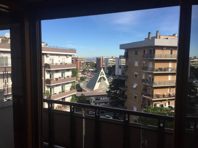 Appartamento in vendita Zona Cinecittà - Don Bosco - via Cisberto Vecchi 11 Roma