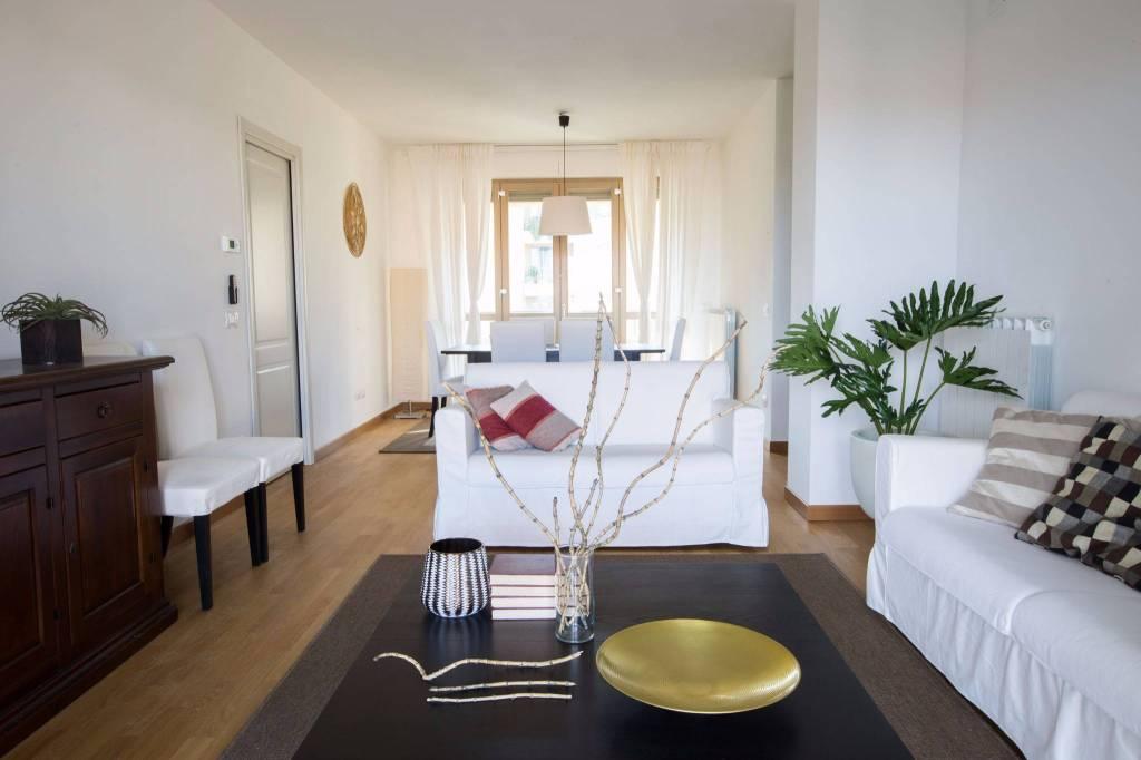 Appartamento in vendita Rif. 8273641