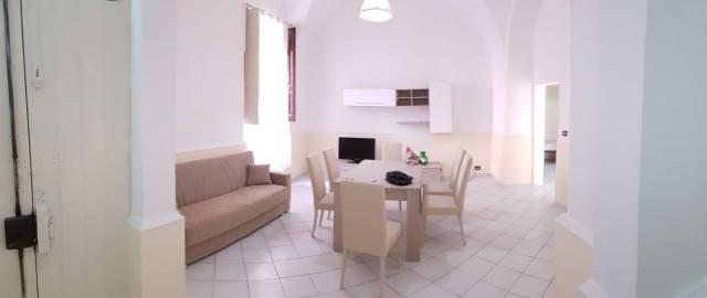 Appartamento in ottime condizioni arredato in vendita Rif. 7373217