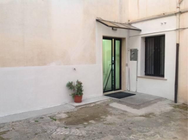 Appartamento uso ufficio, zona centrale ad Isernia Rif. 4272837