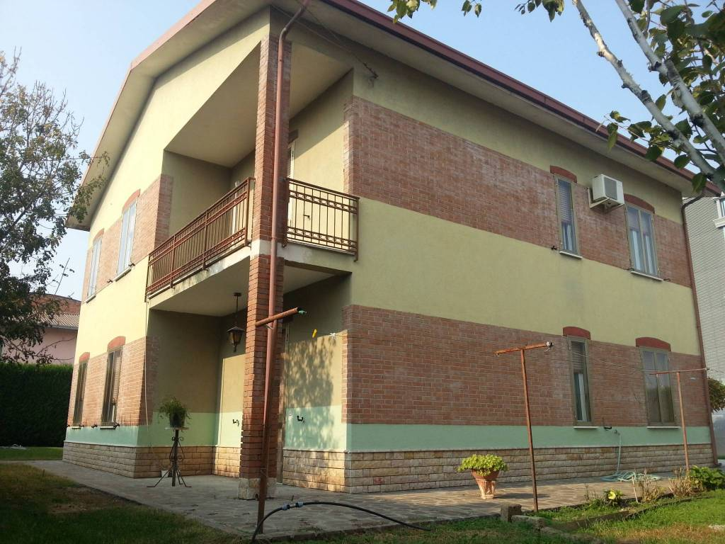 Villa in buone condizioni in vendita Rif. 4864311