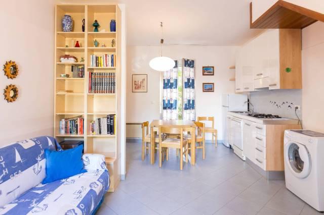 Casa Indipendente in buone condizioni arredato in vendita Rif. 4312755
