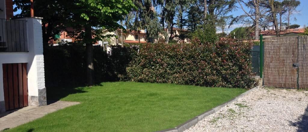 Appartamento in vendita a Forte dei Marmi, 4 locali, prezzo € 390.000 | PortaleAgenzieImmobiliari.it