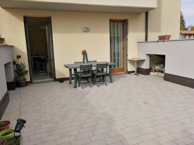 Appartamento in ottime condizioni in vendita Rif. 4954836