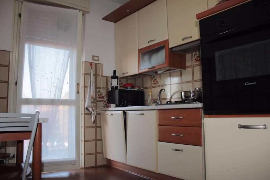 Appartamento in buone condizioni in vendita Rif. 6387709
