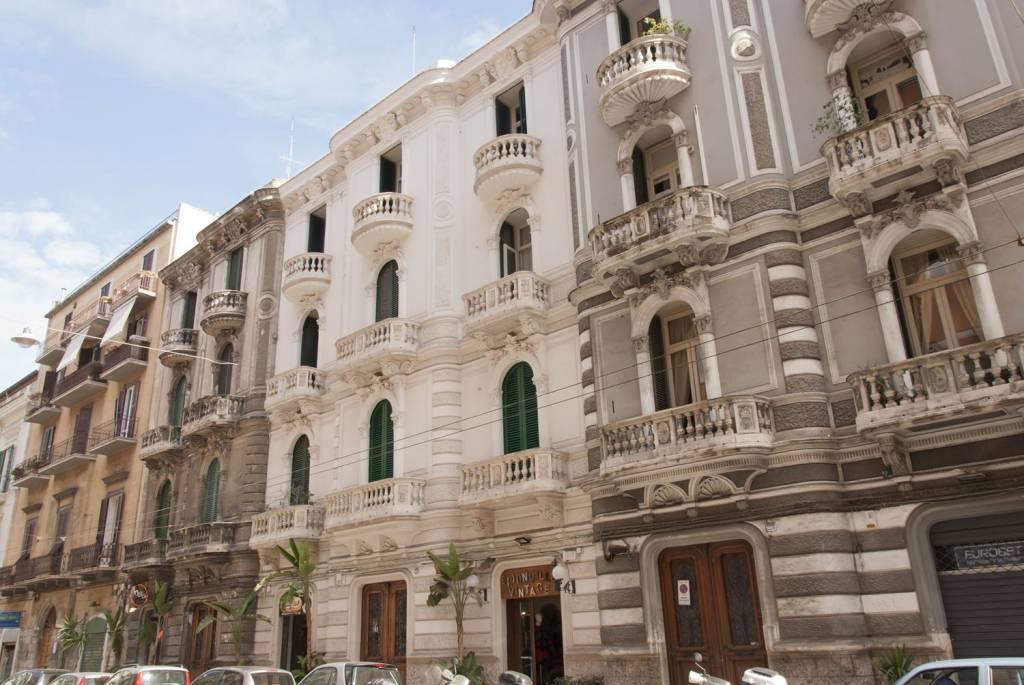 Appartamento in buone condizioni parzialmente arredato in affitto Rif. 8577569