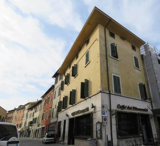 Palazzo / Stabile in vendita a Foiano della Chiana, 6 locali, prezzo € 350.000 | CambioCasa.it