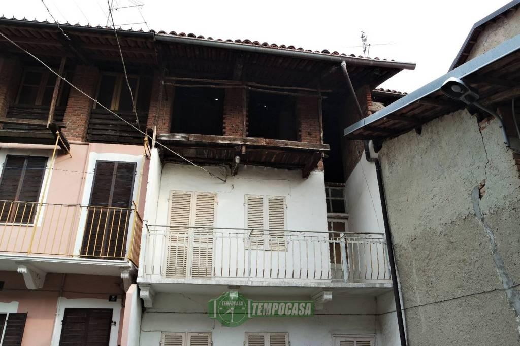 Casa Indipendente da ristrutturare in vendita Rif. 8760711