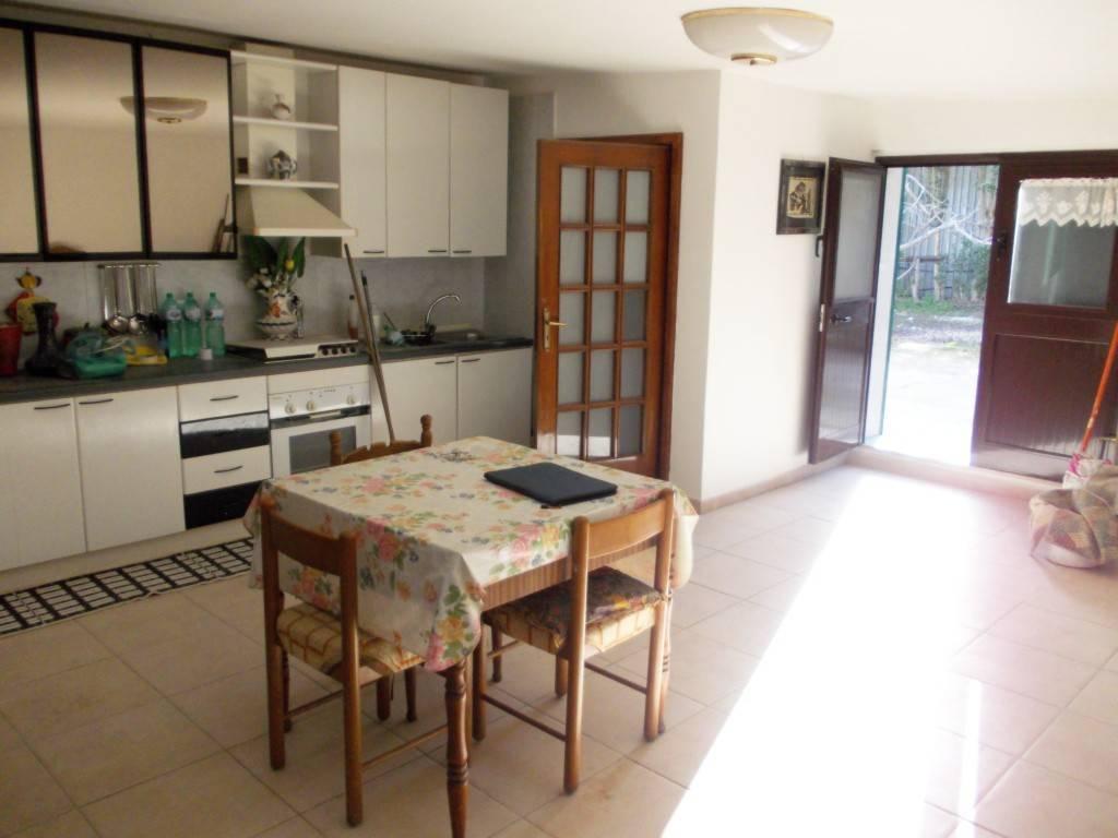 Rustico / Casale in ottime condizioni in vendita Rif. 5001656