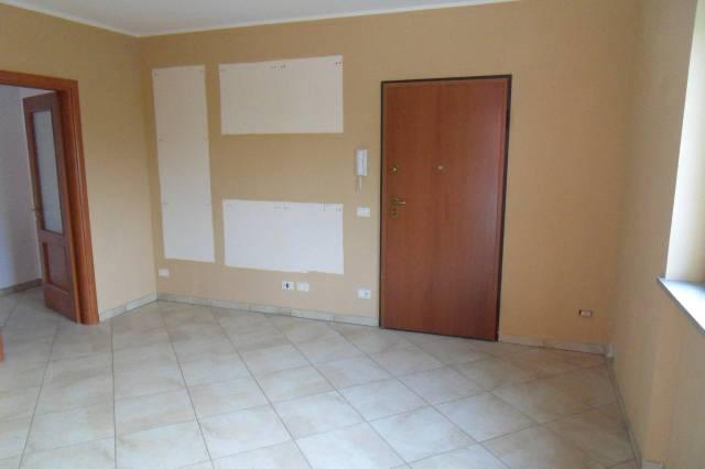 Appartamento in ottime condizioni in affitto Rif. 4811146
