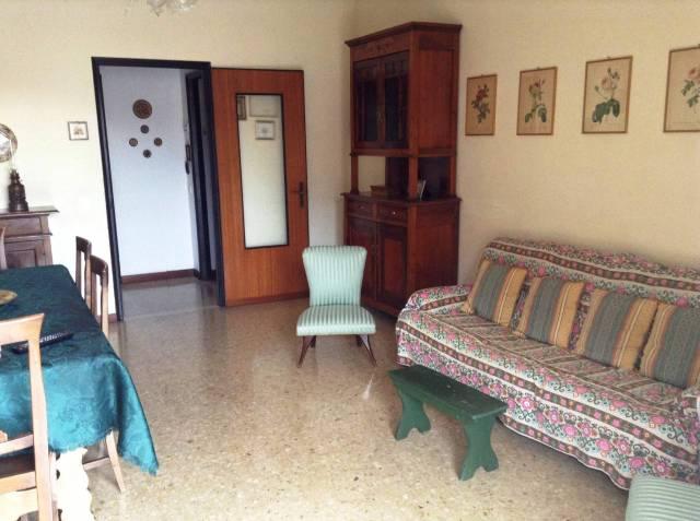 Appartamento trilocale in vendita a Belgirate (VB)