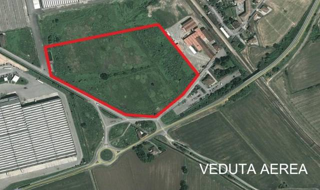 Terreno commerciale in vendita a Casalpusterlengo (LO)