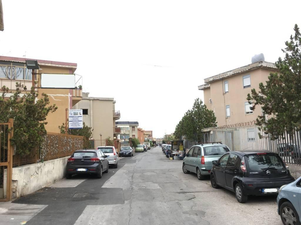 Appartamento in Vendita a Palermo Semicentro: 3 locali, 100 mq