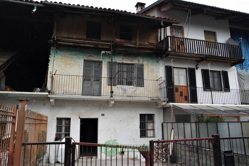 Casa Indipendente da ristrutturare in vendita Rif. 8189320