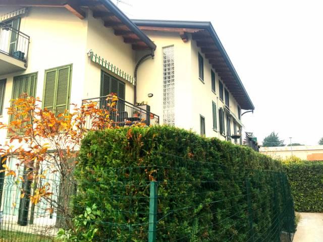 Appartamento in ottime condizioni arredato in vendita Rif. 4256695