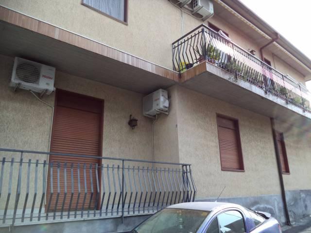 Appartamento in buone condizioni in vendita Rif. 4551276