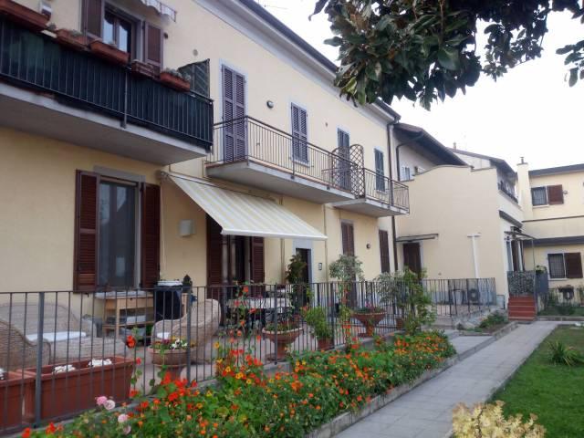 Appartamento in ottime condizioni parzialmente arredato in vendita Rif. 4192206