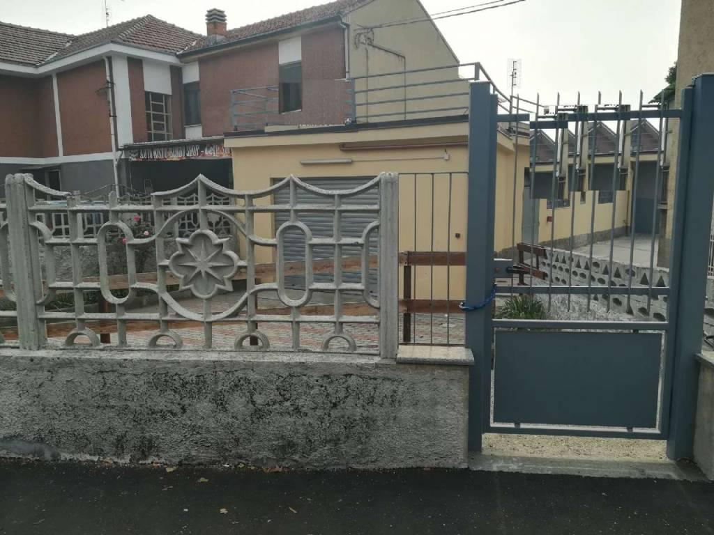 Negozio in vendita Zona Barriera Milano, Falchera, Barca-Be... - strada san mauro 45 Torino