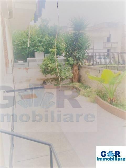 Appartamento in buone condizioni in affitto Rif. 8973772