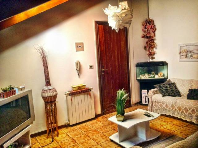 Attico in Vendita a Ferrara Periferia Sud: 4 locali, 55 mq
