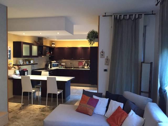 Appartamento in vendita 3 vani 126 mq.  via Giulio Verne 5 Bologna