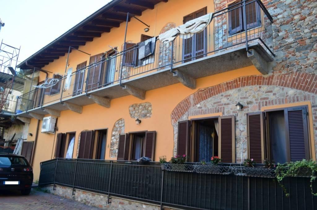 Varallo Pombia (NO) - Appartamento trilocale