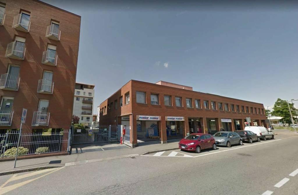 Box / Garage in vendita a Settimo Torinese, 30 locali, prezzo € 300.000   CambioCasa.it