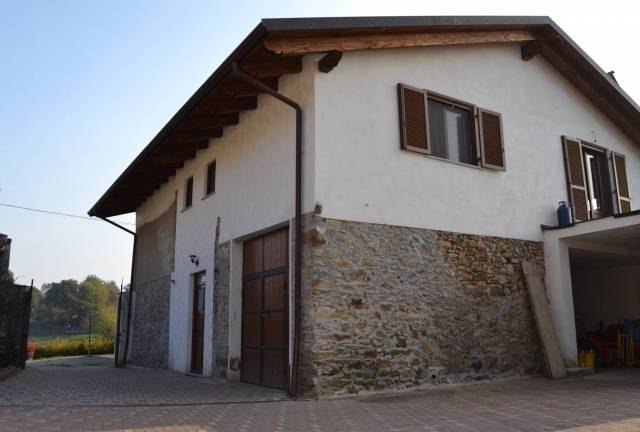 Villa DORZANO vendita    Studio Toio
