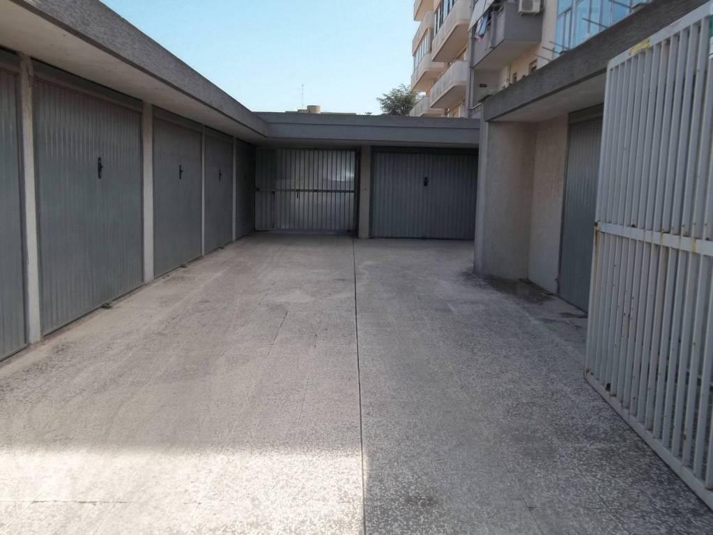 Box e posti auto in ottime condizioni in vendita Rif. 8480274