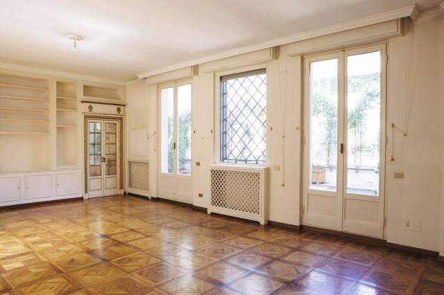Appartamento in ottime condizioni in affitto Rif. 4324697