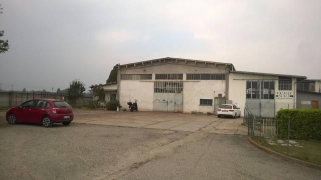 Capannone in Affitto a Cavour Periferia:  3 locali, 580 mq  - Foto 1