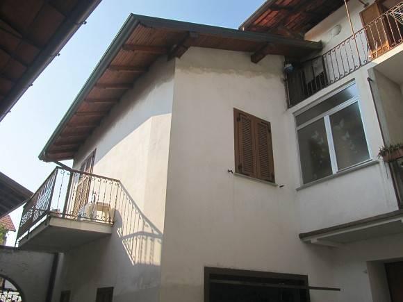 Appartamento in ottime condizioni in vendita Rif. 4206044