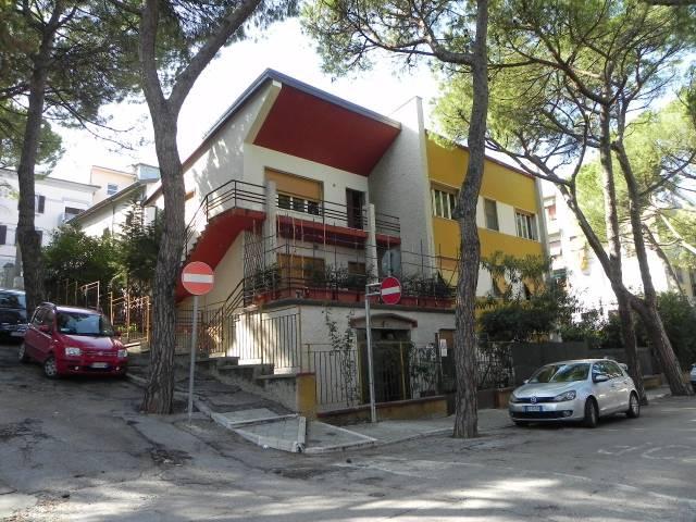 Appartamento quadrilocale in vendita a Falconara Marittima (AN)