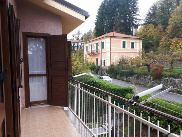 Appartamento in buone condizioni arredato in vendita Rif. 4207423