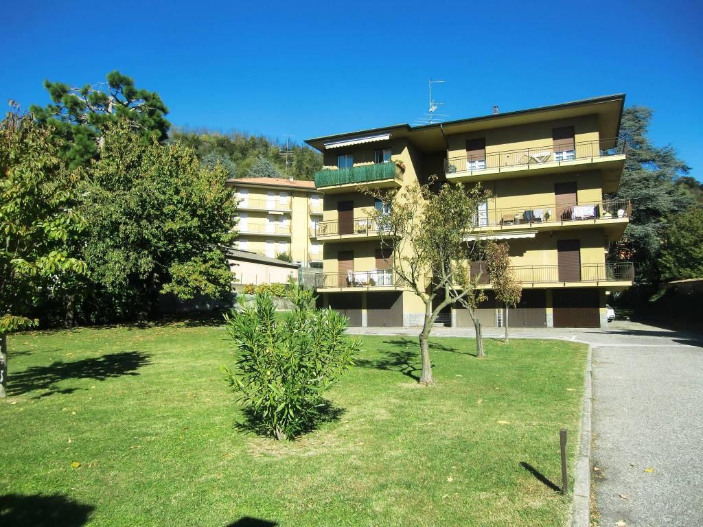Appartamento in vendita a Longone al Segrino, 3 locali, prezzo € 132.000 | PortaleAgenzieImmobiliari.it