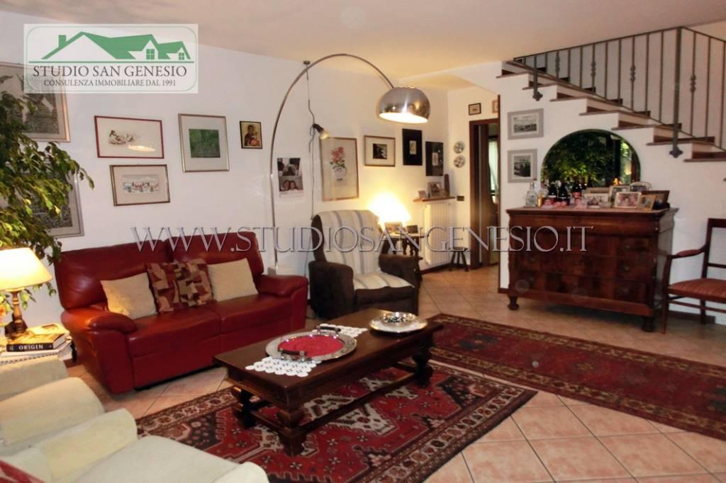 Villetta a schiera in ottime condizioni in vendita Rif. 4913387