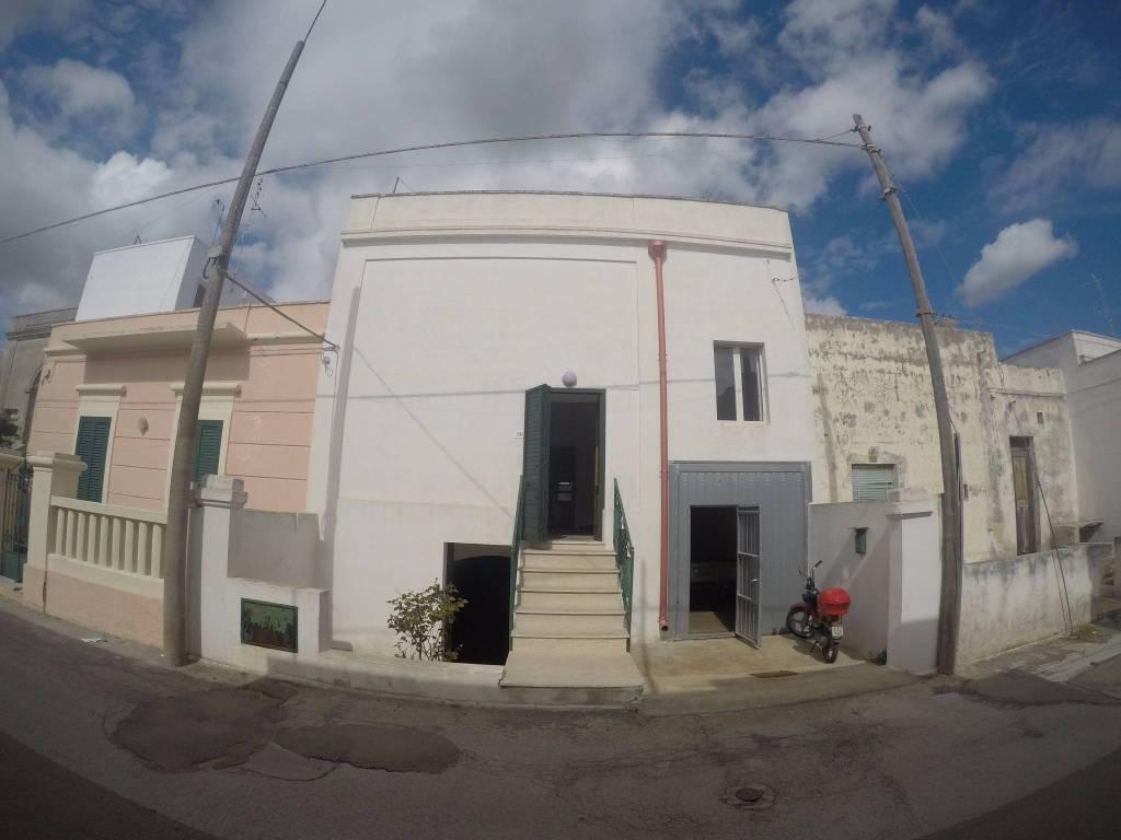 Appartamento in vendita a Castrignano del Capo, 3 locali, prezzo € 80.000 | PortaleAgenzieImmobiliari.it