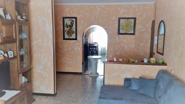 Appartamento trilocale in vendita a Cameri (NO)