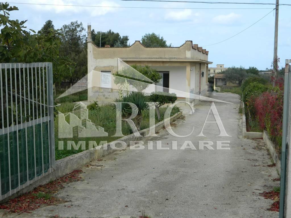 Villa in vendita a Partinico, 6 locali, prezzo € 120.000 | CambioCasa.it